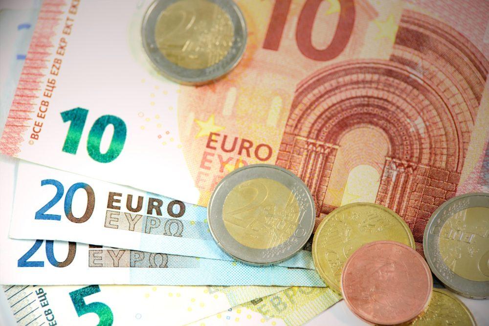 EFFEEDORA - combien coûte un mariage ? budget mariage