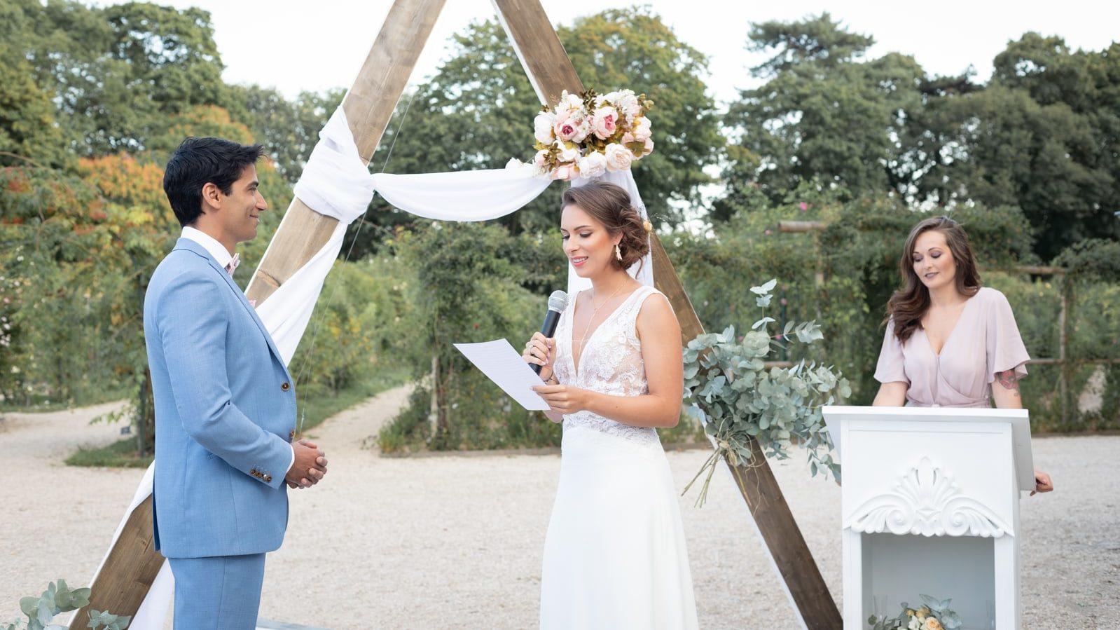EFFEEDORA - Officiante de cérémonie laïque - wedding planner - Île de France